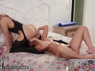 Young korean couple sex
