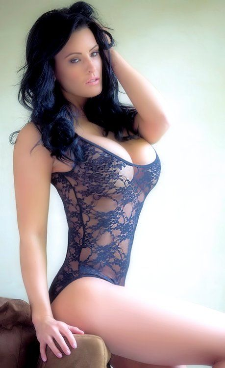 hot college nude girls