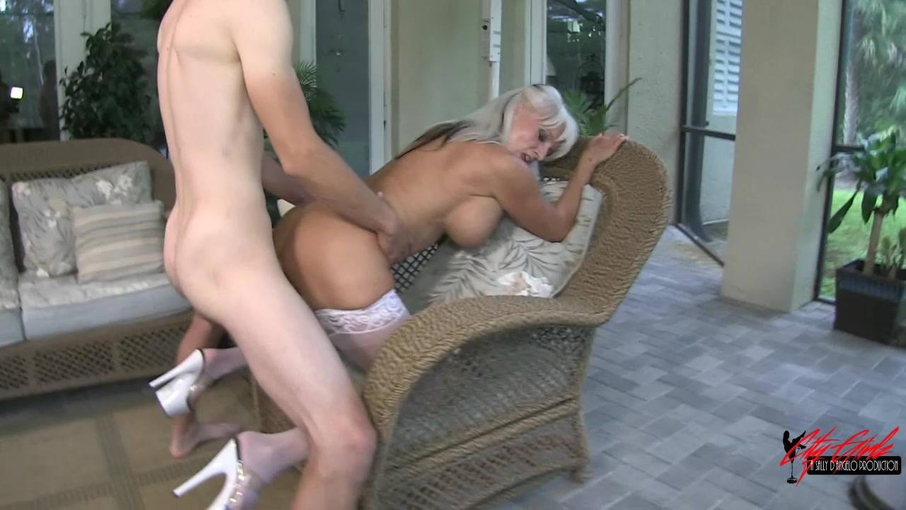husband licking cum from wife