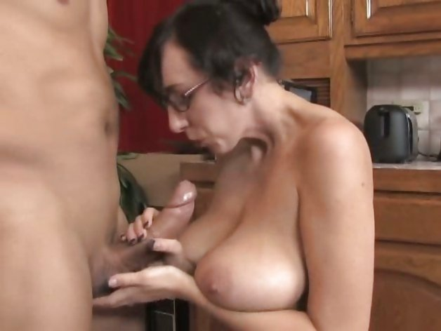 dad likes young cock